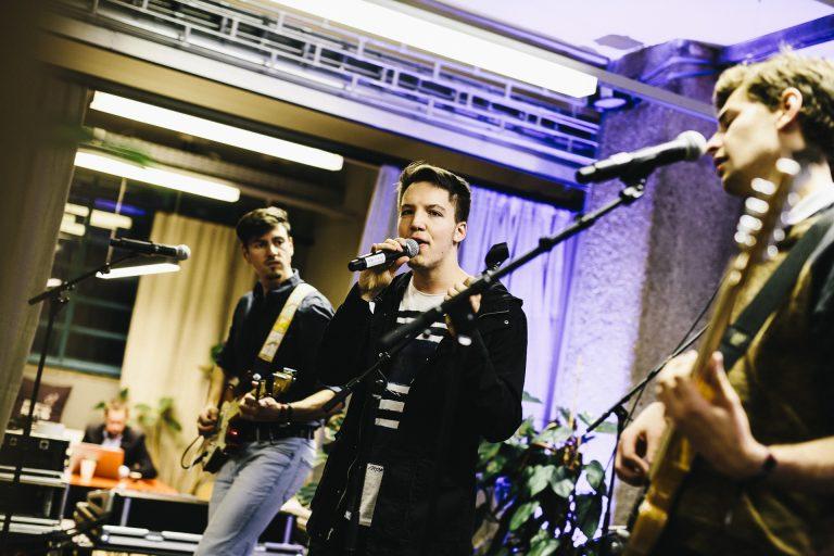 Eine Newcomer-Band auf der GAINER Bühne